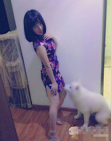 旗袍美女的狗狗。不要,那里。。不行的~~不要哈哈