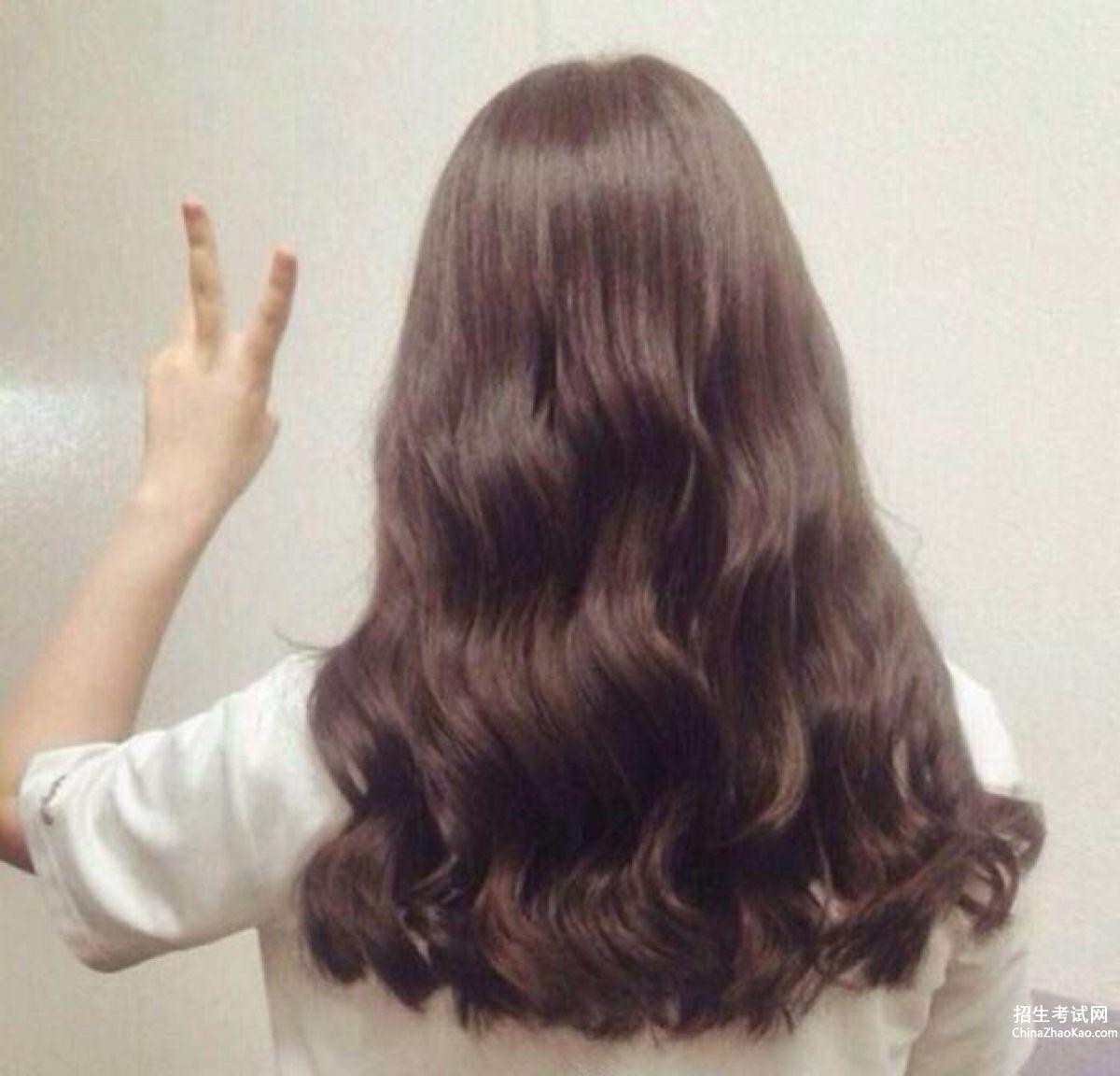 水波纹发型图片中长发2015_水波纹发型图片中长发
