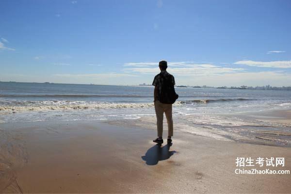 大海图片唯美一个人