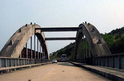 家乡的桥简笔画_家乡的桥原文