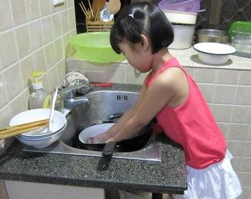 第一次洗碗六年级作文_作文第一次洗碗